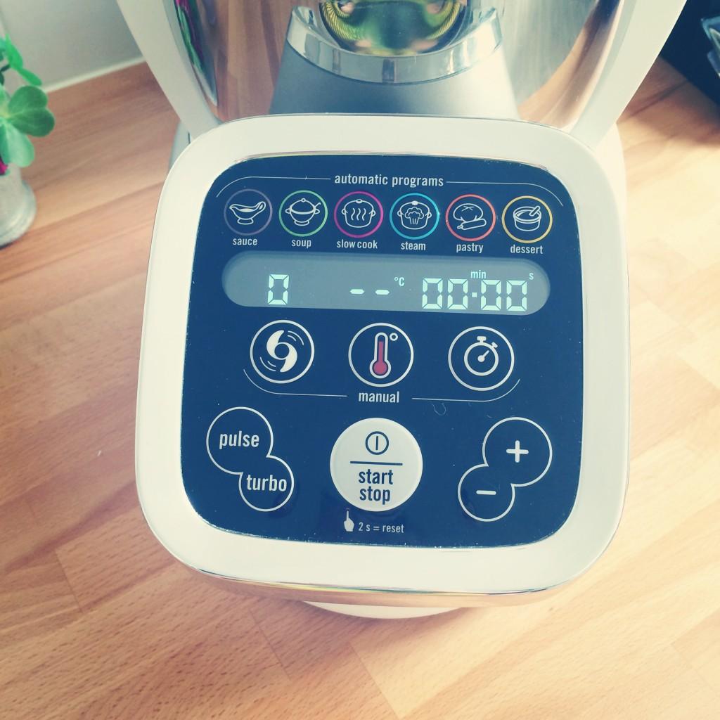 Cuisine companion le robot culinaire qui fait tout enfin 2017 2018 car rele - Robot cuisine allemand qui fait tout ...