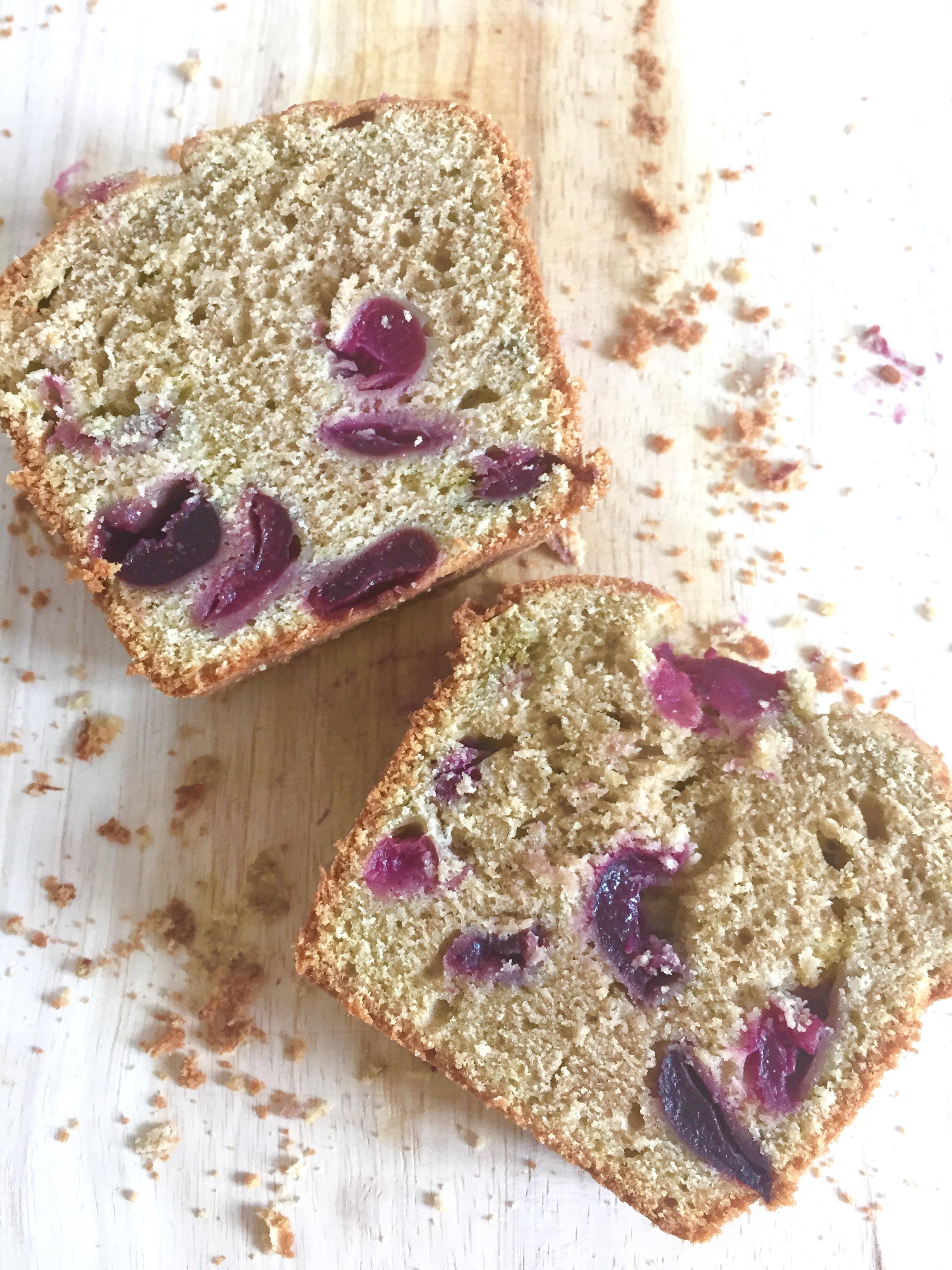 Les Papotages de Nana - Cake Matcha griottes